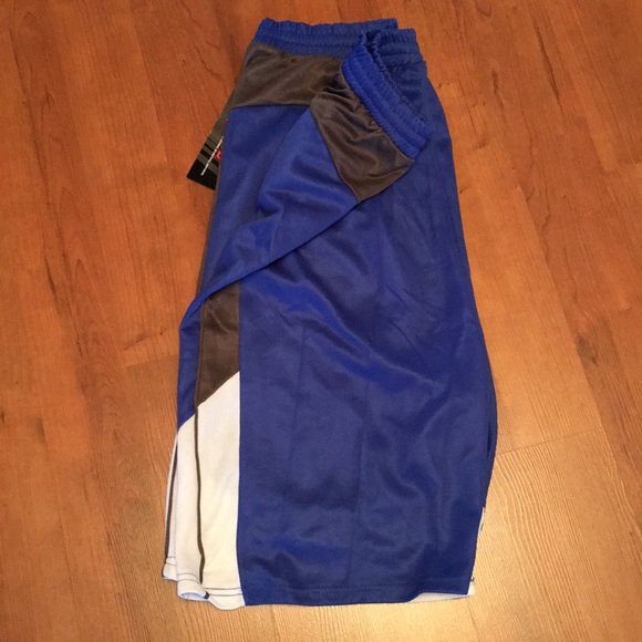 10W Apparel Other - NWT MENS BASKETBALL SHORTS